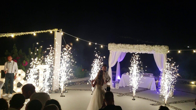 Dancing with fireworks on wedding at Santorini - 2