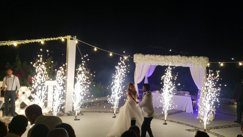 Dancing with fireworks on wedding at Santorini - 4