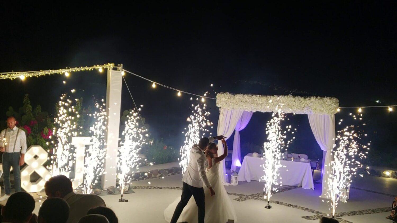 Dancing with fireworks on wedding at Santorini - 5